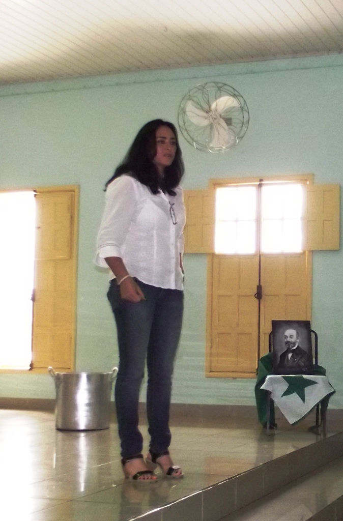 Instruistino Marivânia Faria
